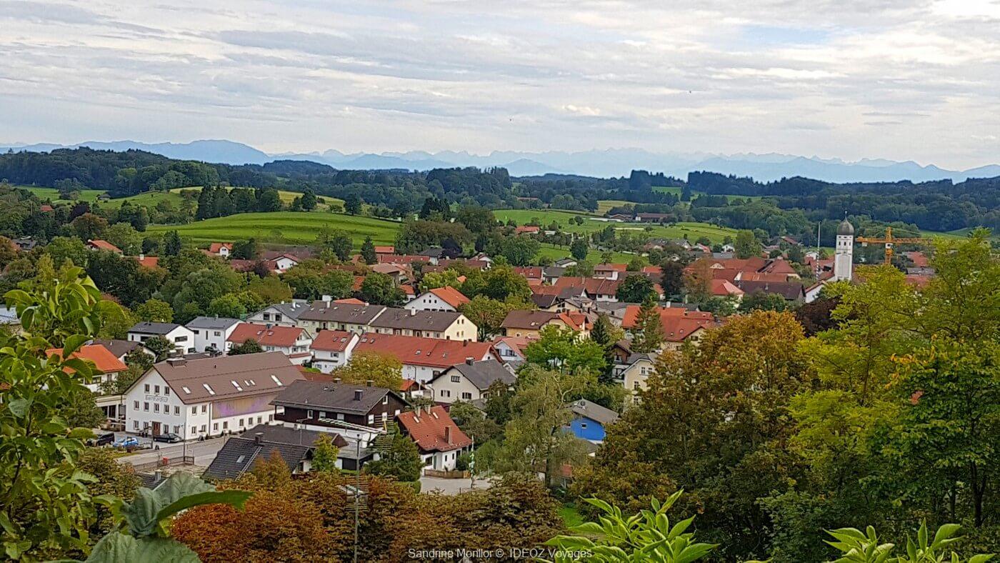 vue sur le village d'andechs depuis le belvédère de l'abbaye