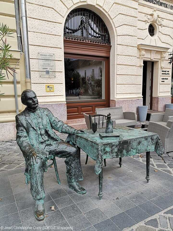 statue à obuda budapest