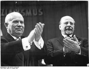 Walter Ulbricht et Nikita Sergueïevitch Khrouchtchev