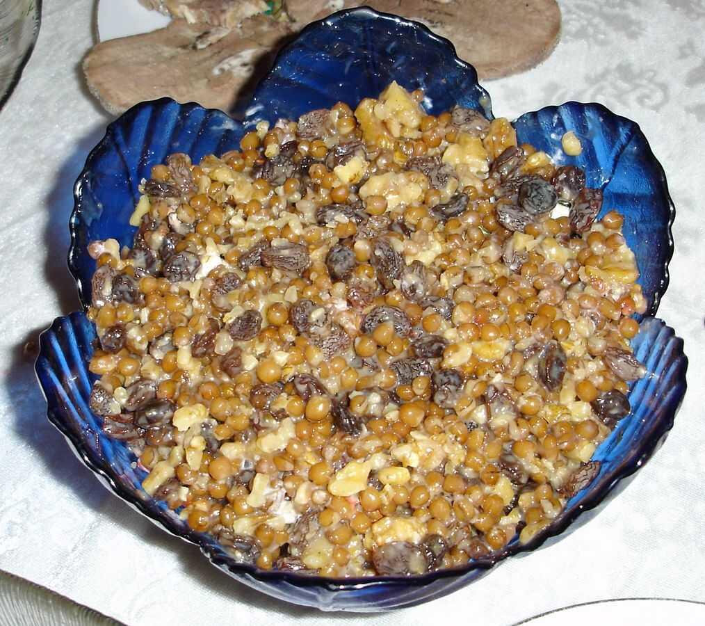 koljivo préparation à base de blé servie lors du repas de la slava en serbie