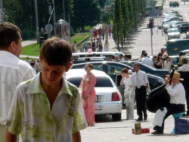 ados à un mariage à kiev