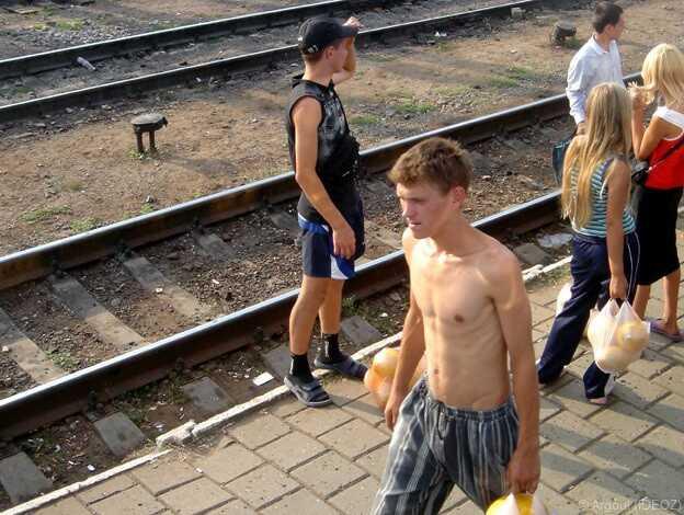 ados virils dans kiev