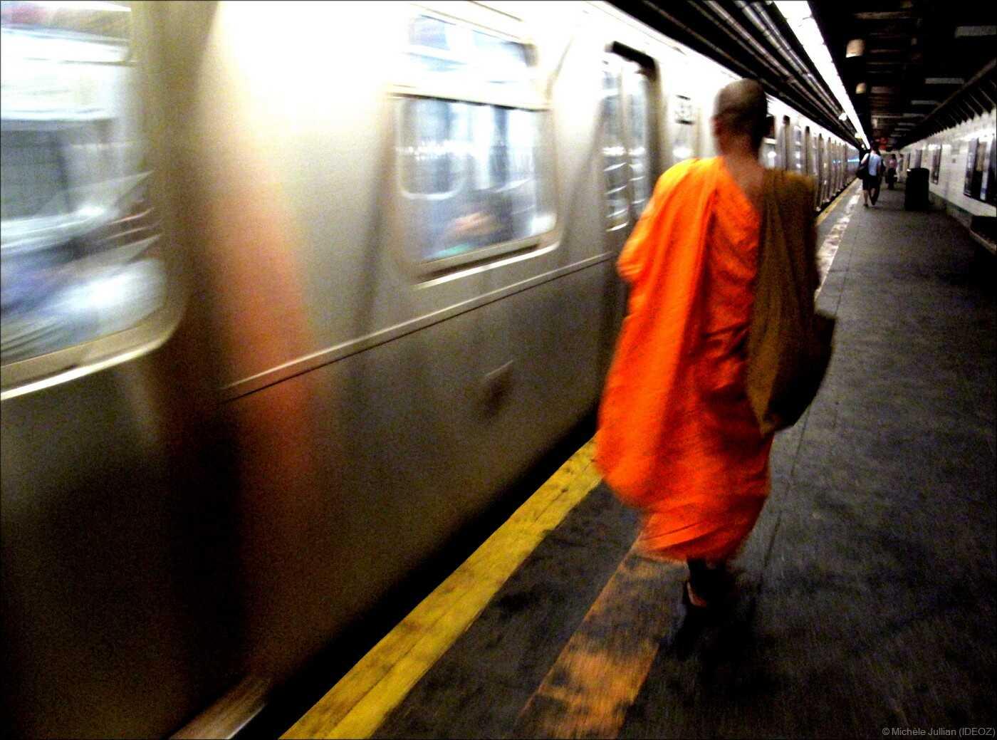 agga nya dans le métro de new york