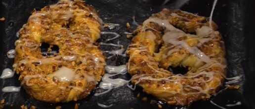 bretzels à la noisette Mürbe haselnussbretzeln