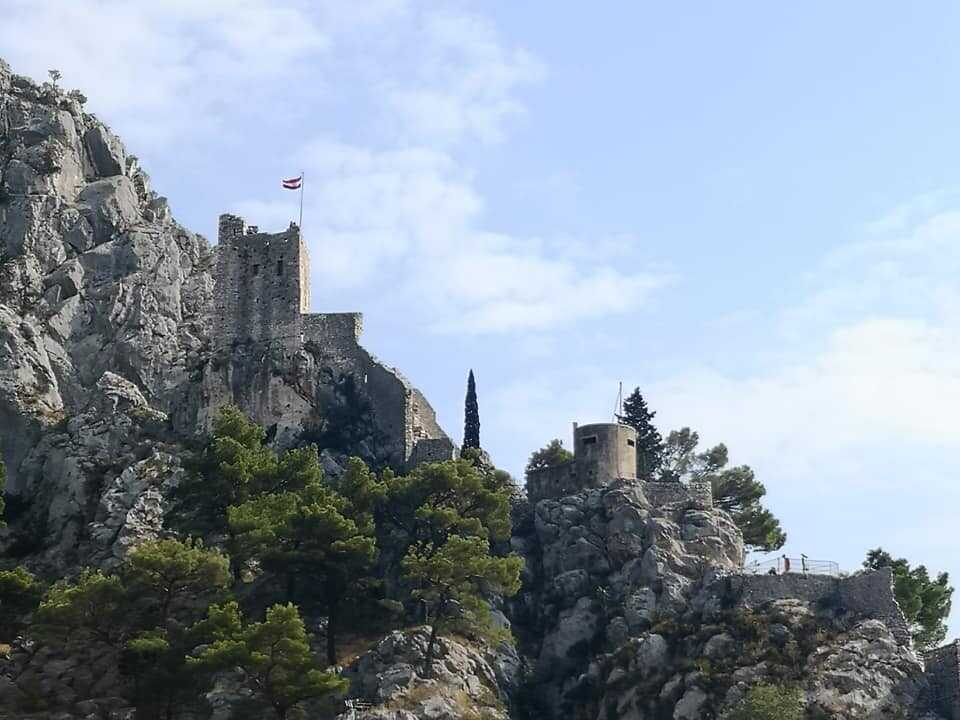 forteresse fortica à omis