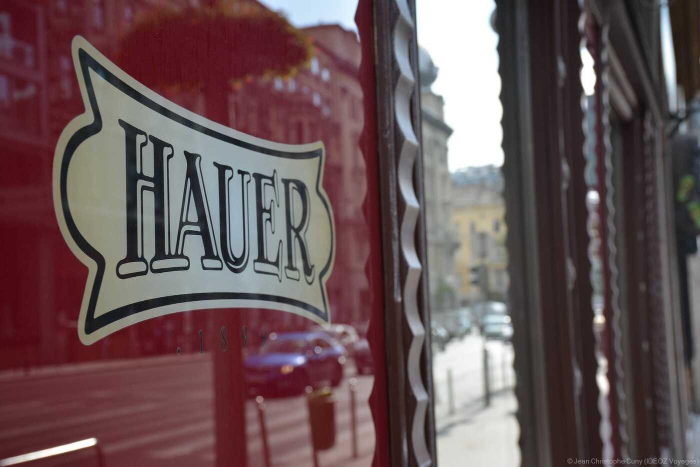vitrine chez Hauer à Budapest