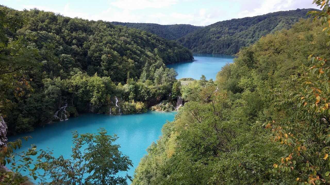 cascades des lacs inférieurs à Plitvice