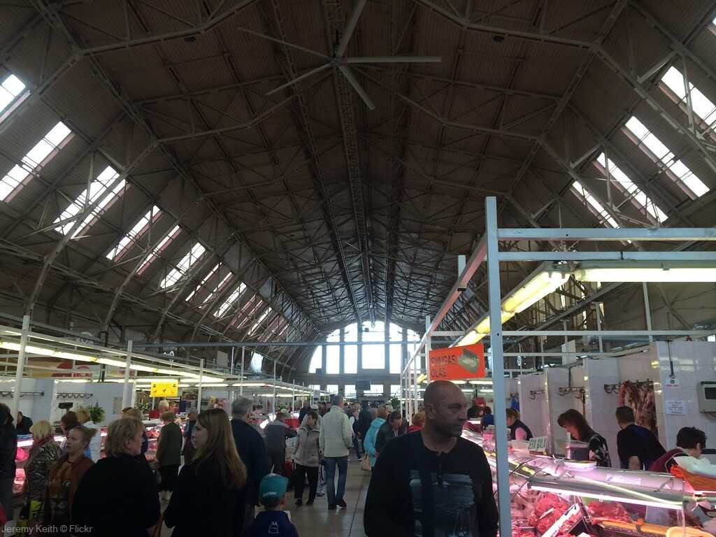 hangar zeppelin du marché central de Riga