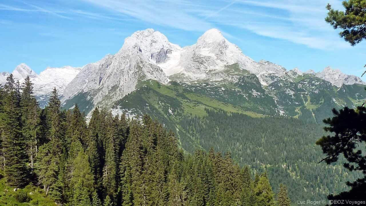 massifs dans les alpes bavaroises environnant Schachenhaus