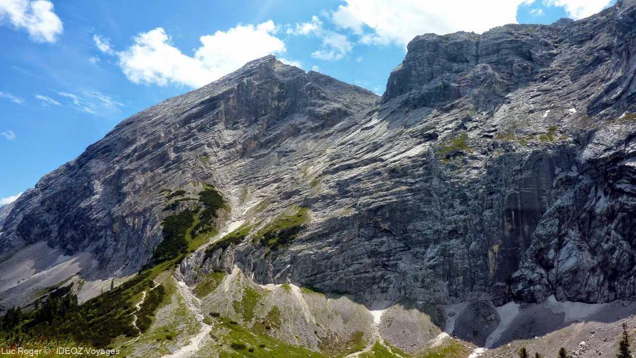 montagnes aux environs du refuge de Schachenhaus de louis 2 de bavière