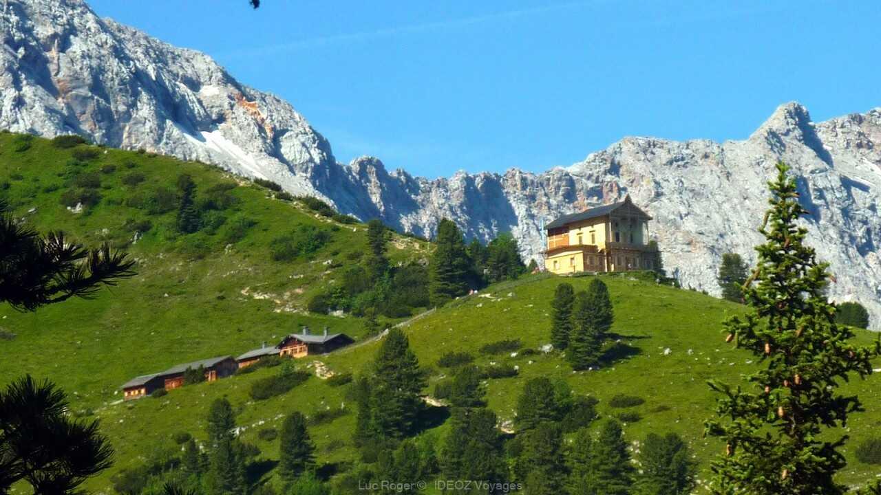 randonnée jusqu'au refuge alpin de schachenhaus