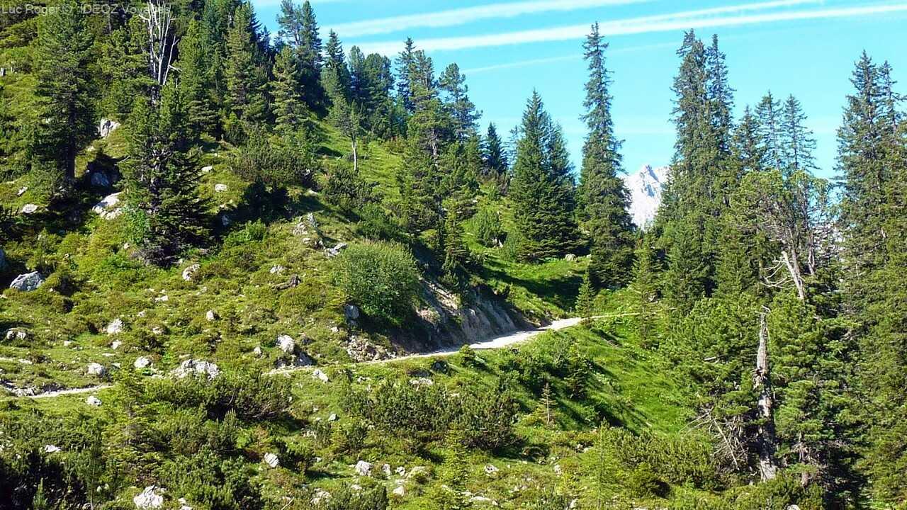 route d'Elmau vers l'ascension jusqu'à Schachenhaus