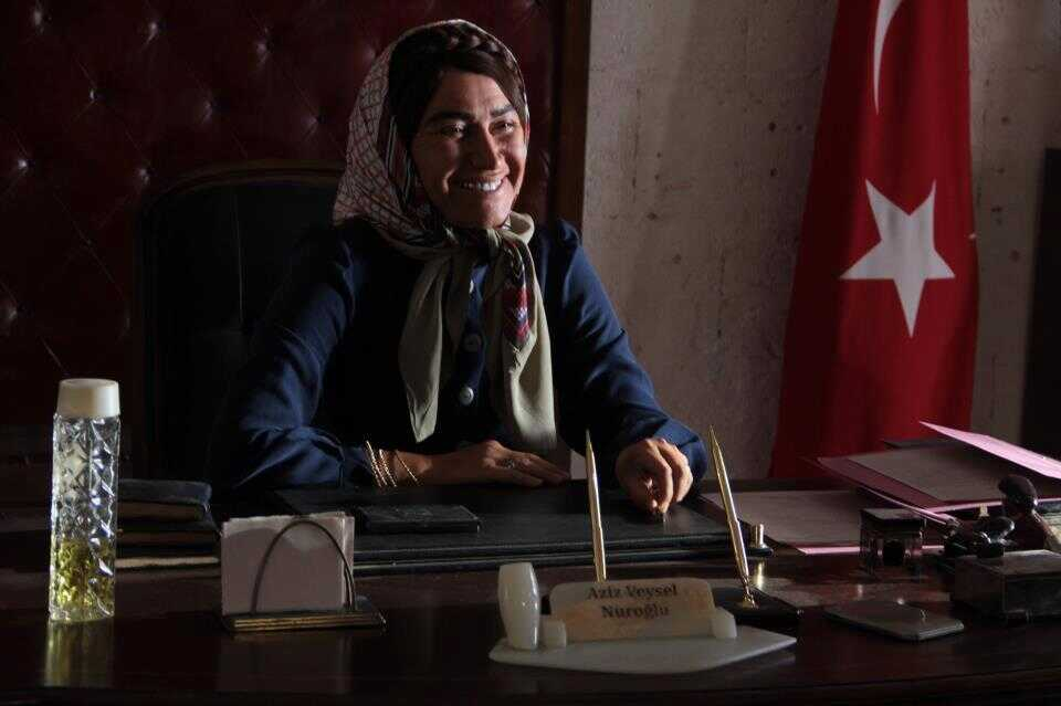 Hükümet Kadın première femme maire en Turquie