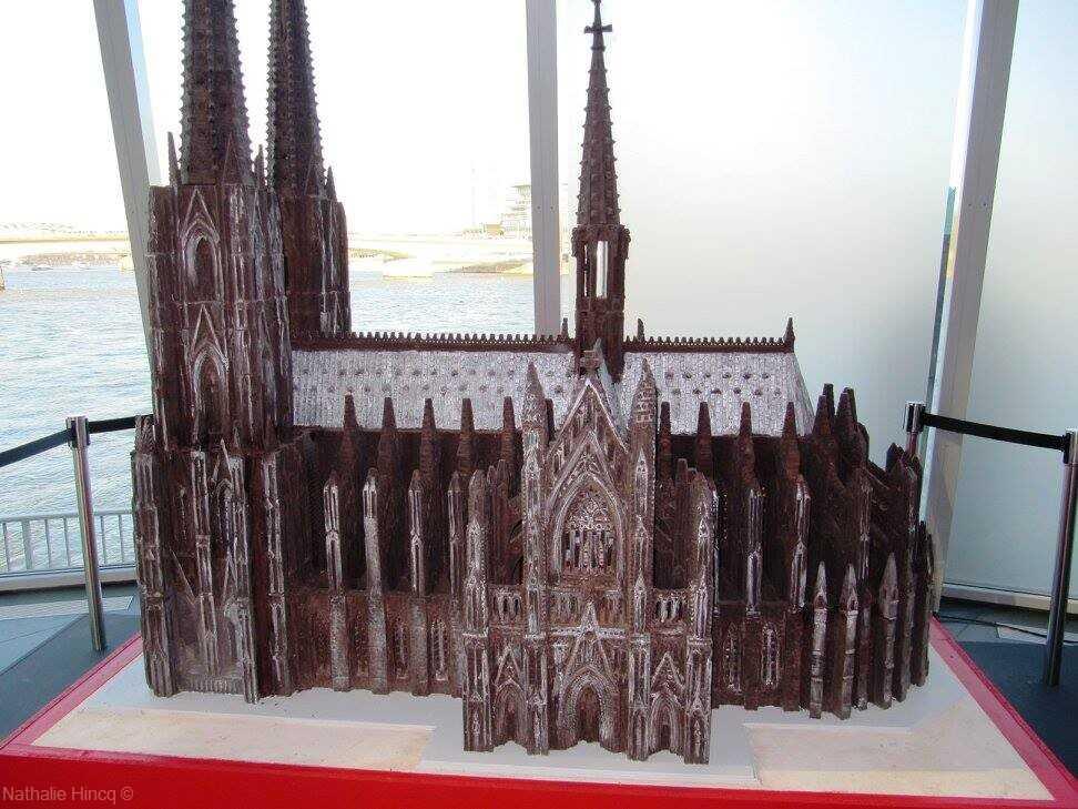 cathédrale en chocolat du musée du chocolat de Cologne
