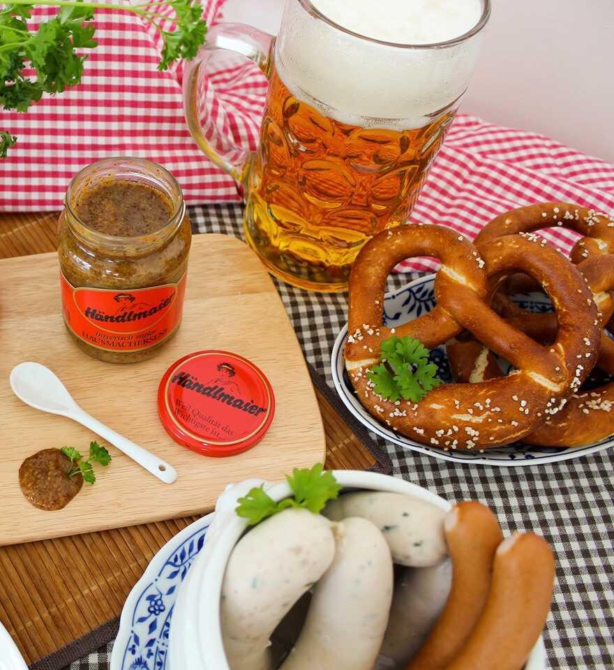 Hanlmaier suss senf mit weisswurst und bockwurst