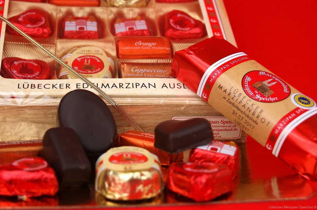 Lübecker Marzipan-Speicher bonbons au massepain et au chocolat