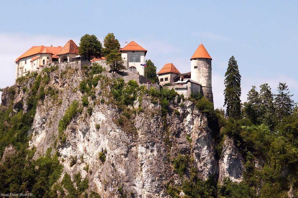 château médiéval du lac de bled