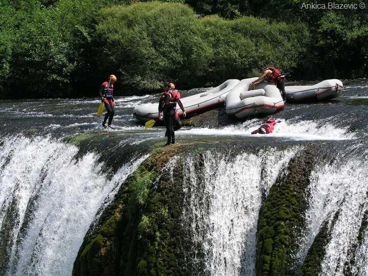 rafting sur les cascades de strbacki buk national park una