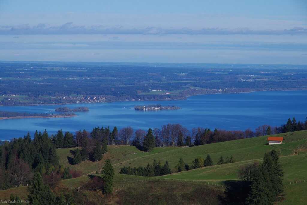Stafffenalm vue sur le lac Chiem depuis le kampenwand