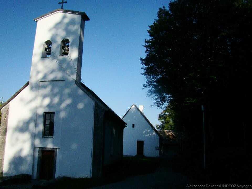 église de smiljan village natal de Nikola tesla