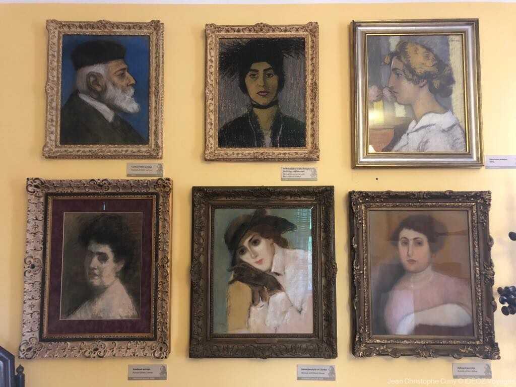 villa art nouveau à Kaposvar portraits de Riipl Ronai