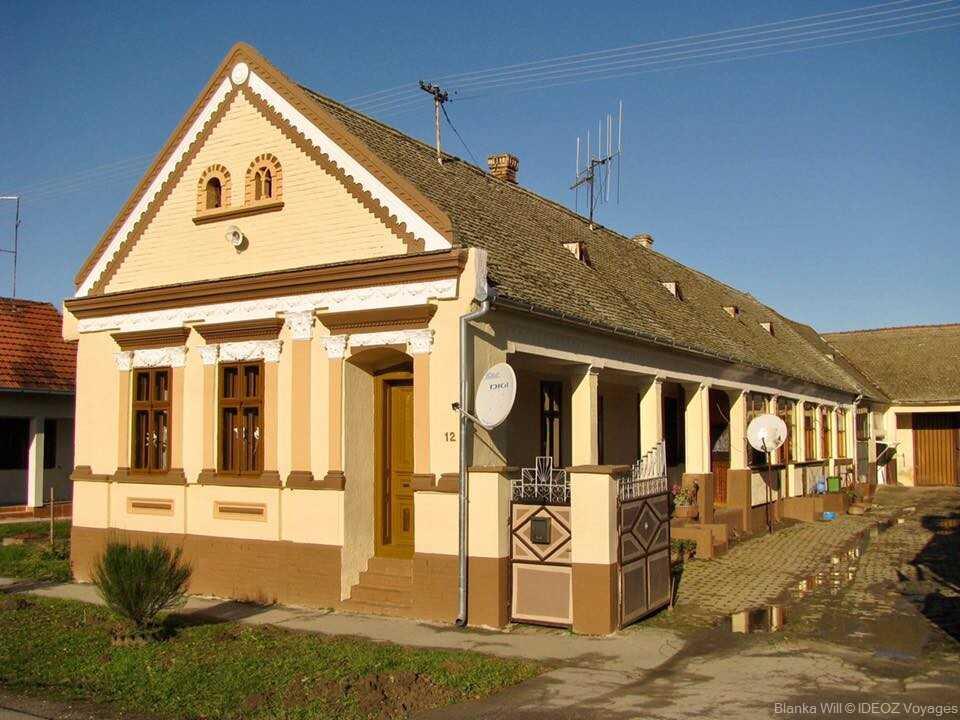 Maison traditionnelle à Kopacevo