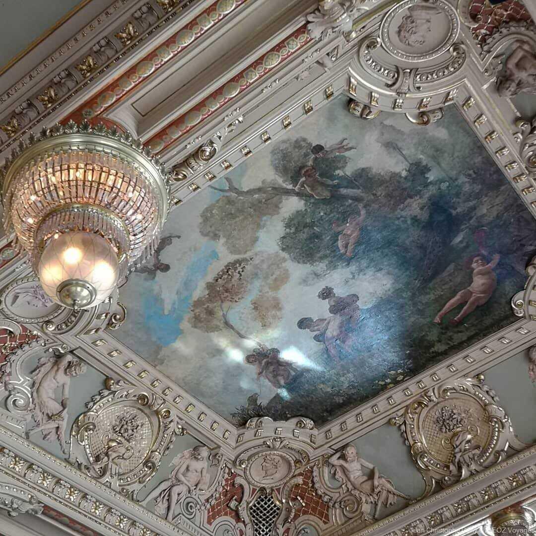 Tableau ornant le plafond du café New York à Budapest