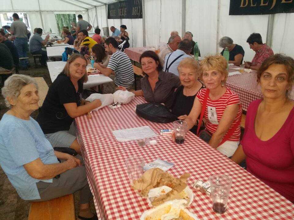 à table journées des pêcheurs de Kopacevo
