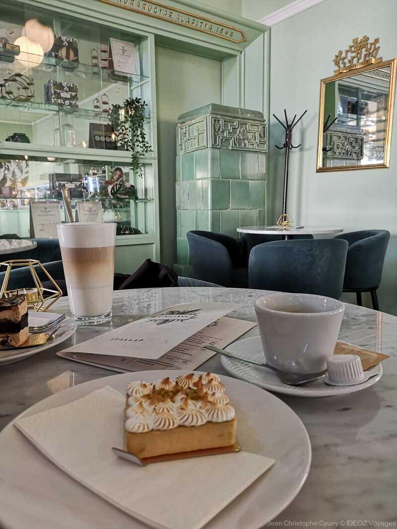 café Gardann tarte au citron et café à kaposvar