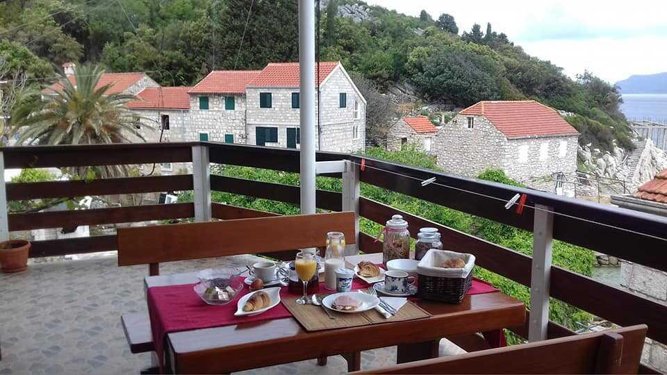 petit déjeuner chez blazenka cumbelic à kozarica