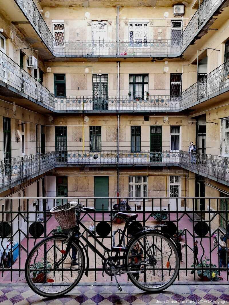 Budapest100 : une chasse aux trésors architecturaux d'immeubles centenaires 15