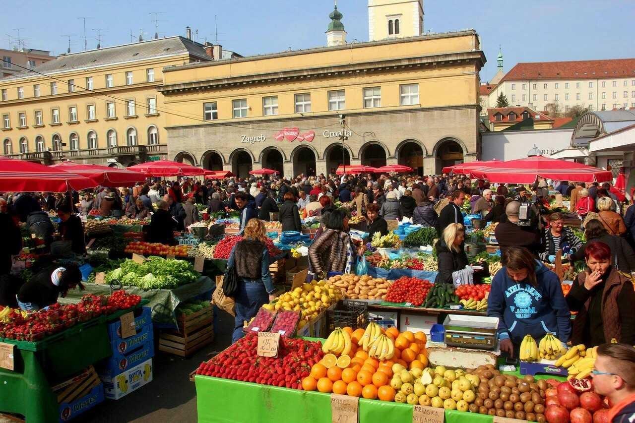 zagreb marché de dolac fruits et légumes