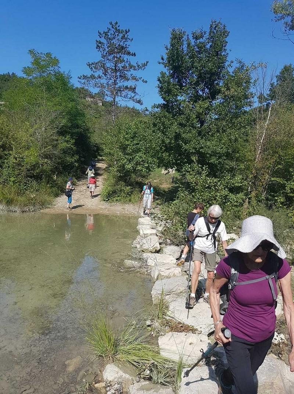 traversée de la rivière mirna pour rejoindre Staza 7 Slapova