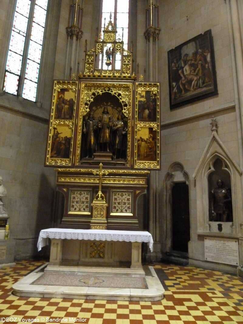 Intérieur de la cathédrale saint stéphane à zagreb