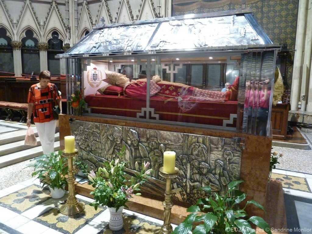 Sarcophage de l'évêque Stepinac