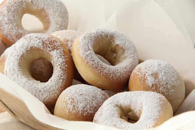 beignets au four allégés en forme de donuts