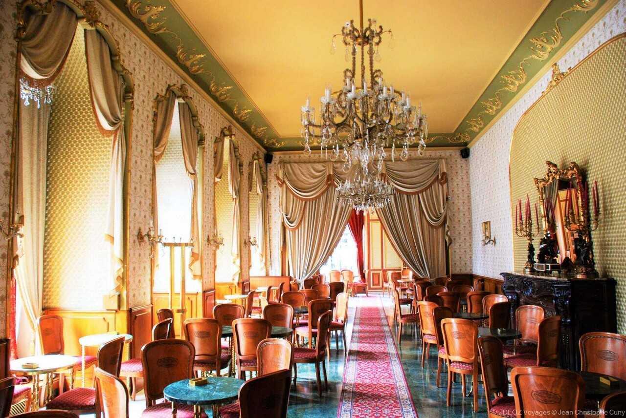 salon de thé de la pâtisserie Gerbeaud