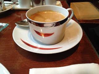 Café au Royal Monceau