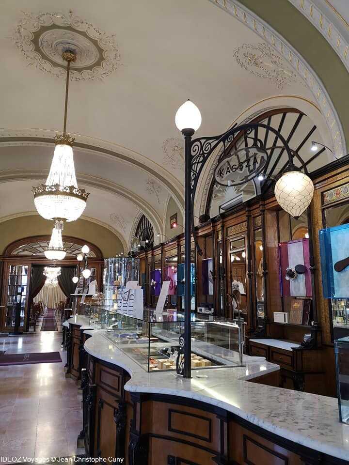pâtisserie du café gerbeaud à Budapest
