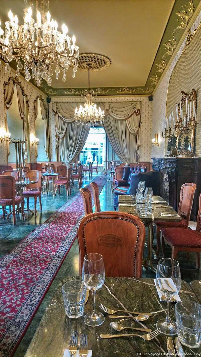 salle du salon de thé du café gerbeaud budapest