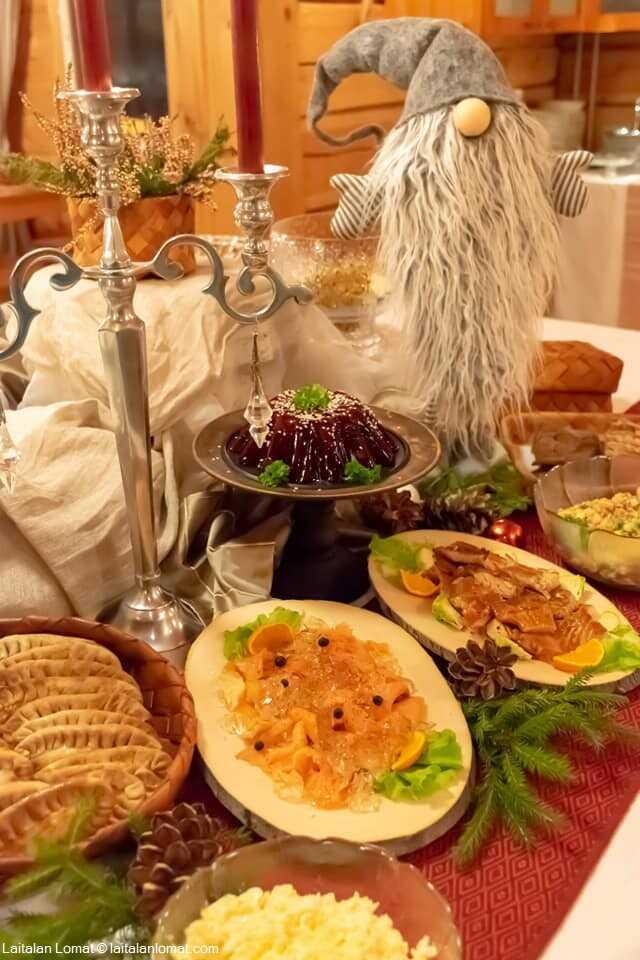 table du réveillon de noel en finlande saumon, hareng, lavaret