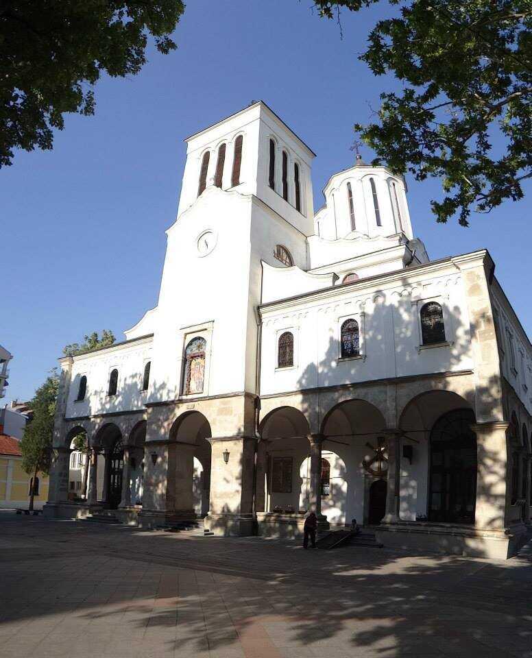 La cathédrale de la Sainte-Trinité de Nis