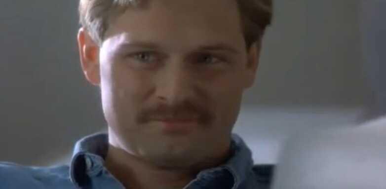 Jeffrey Nordling dans le rôle de Gaetan Dugas