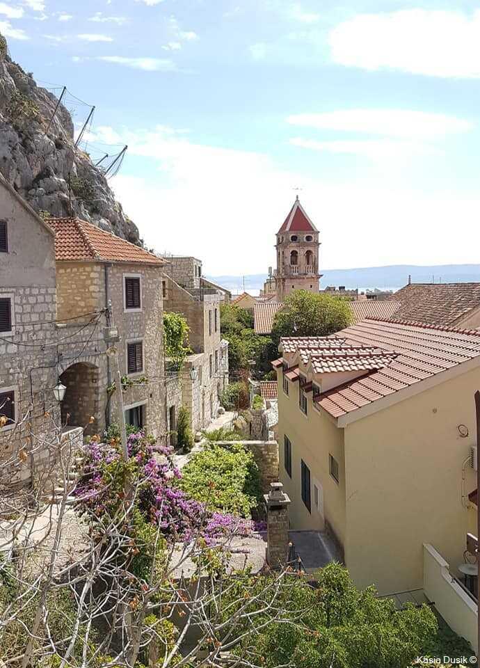 omis village et clocher dalmate