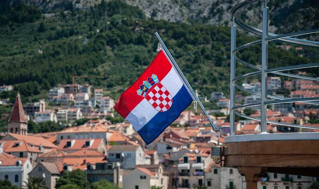 drapeau croate en croatie