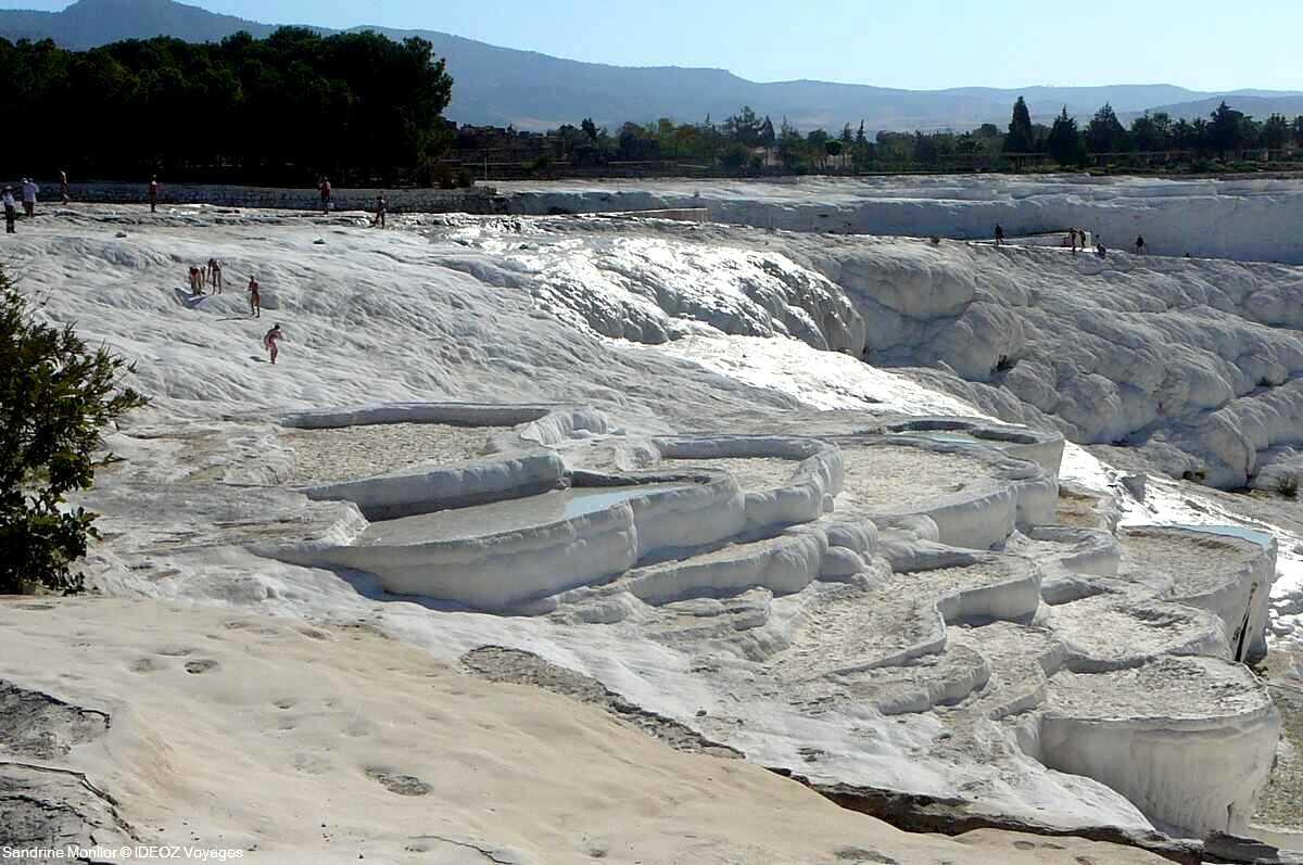 pamukkale site geologique unique en turquie
