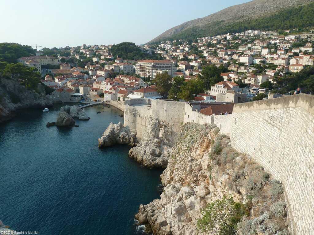 fortifications de dubrovnik depuis les remparts