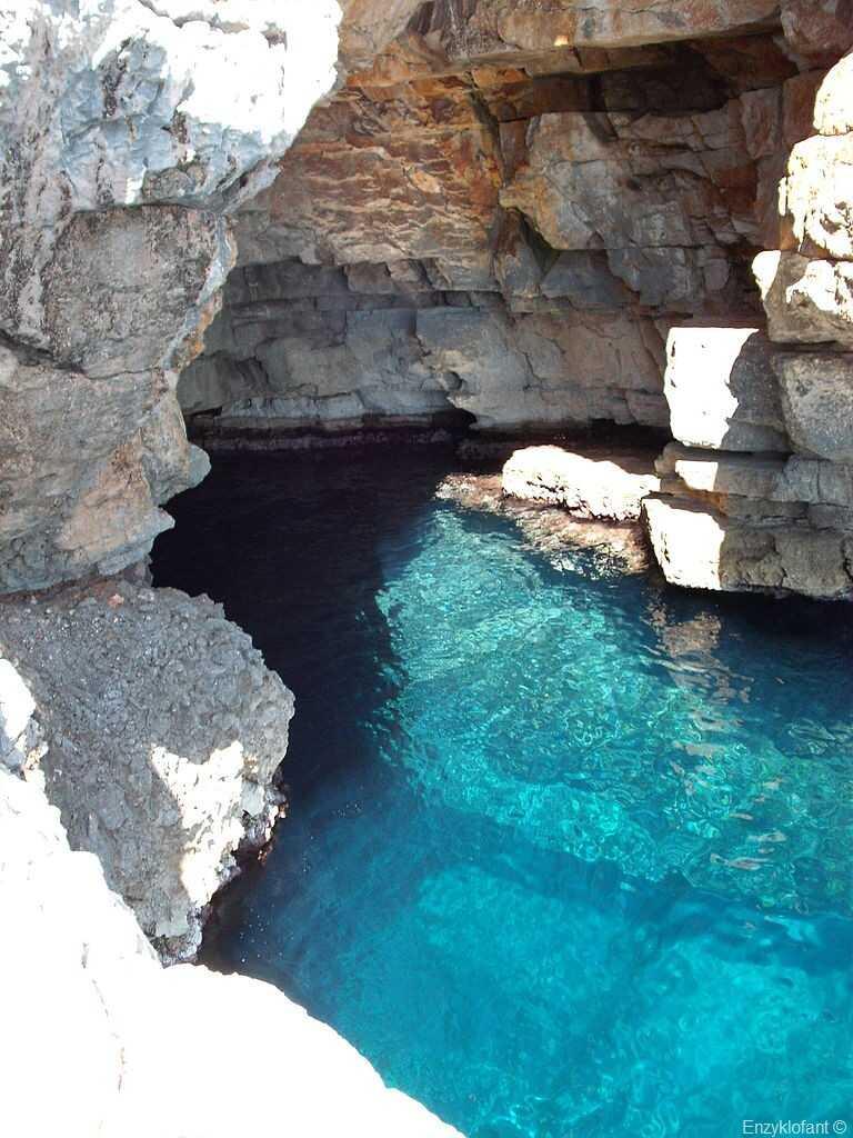 grotte bleue de lodyssee a mljet