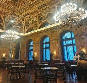 Café Párisi cafés de légende à Budapest