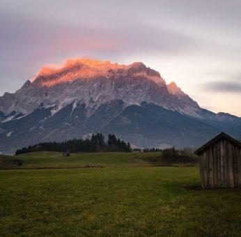 zugspitze point culminant de l'Allemagne dans les alpes bavaroises